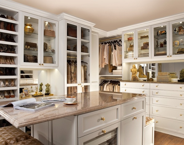 Classy-and-graceful-walk-in-closet-satisfying-storage-needs-in-style.jpg
