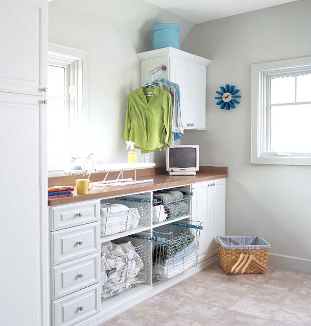 custom-laundry-room-white-melamine
