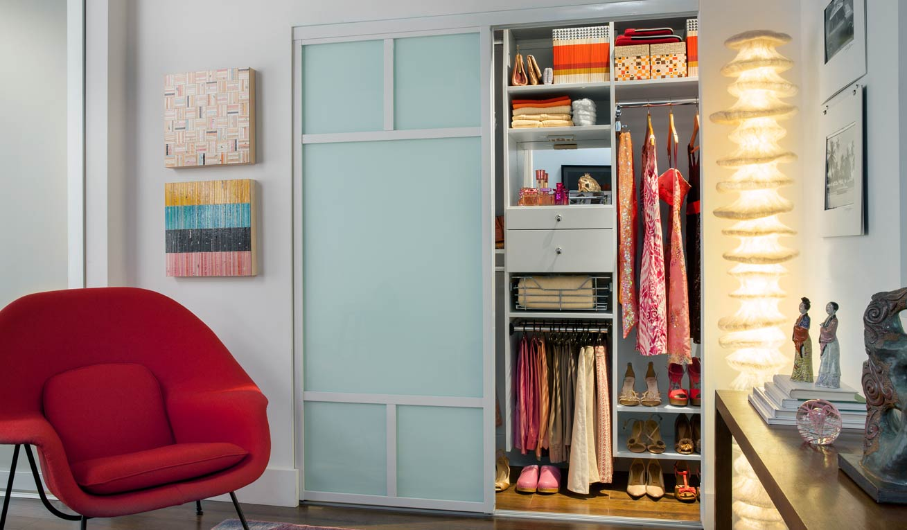 Transform reach in closets for Transform small closet space